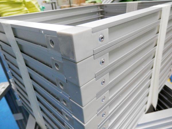 Aluminum frame for pleats air filter