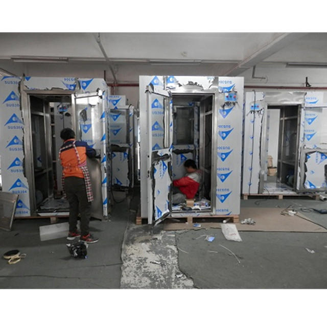 Explosion-proof air shower room for giant oil refinery